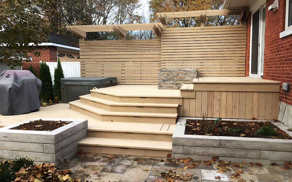 Wood deck with privacy screens